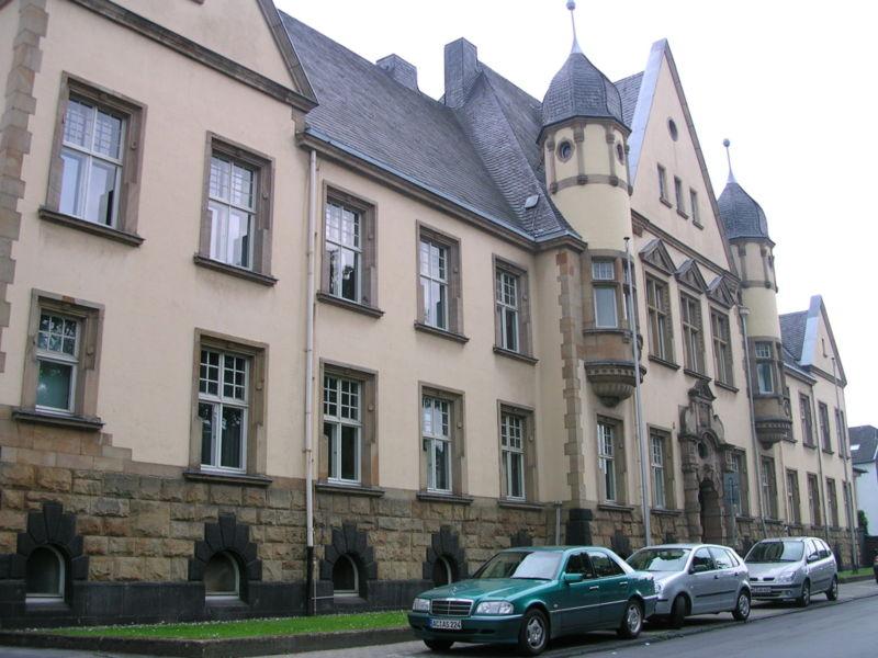 800pxeschweileramtsgericht.jpg